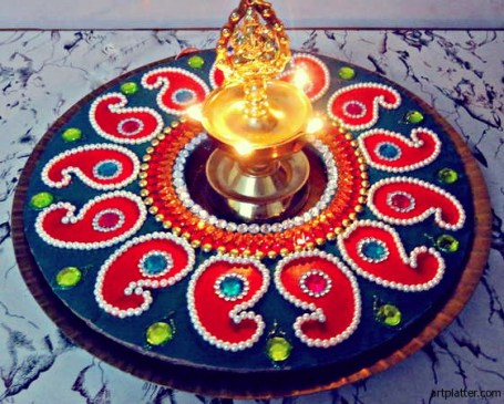 Kundan Rangoli Dussehra Diwali Navratri Craft - 21 Navratri Dussehra Activities and Crafts to get your child involved in the festivities- crafts, puppets and activities that are both fun and educational.