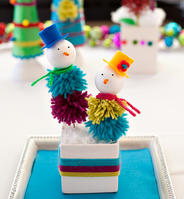 Holiday DIY: Yarn Pom Snow People