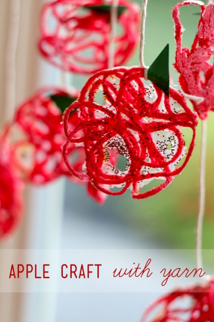yarn apple - Top 10 Easy Apple Crafts For Kids via ArtsyCraftsyMom - Games, prints, playdoh, paper plates -everything to get your kids excited about Fall with fun and easy apple crafts!