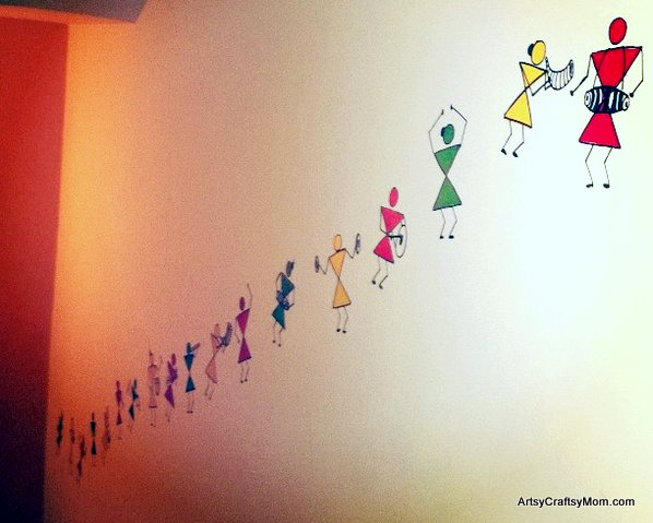 warli dancers on the wall-002