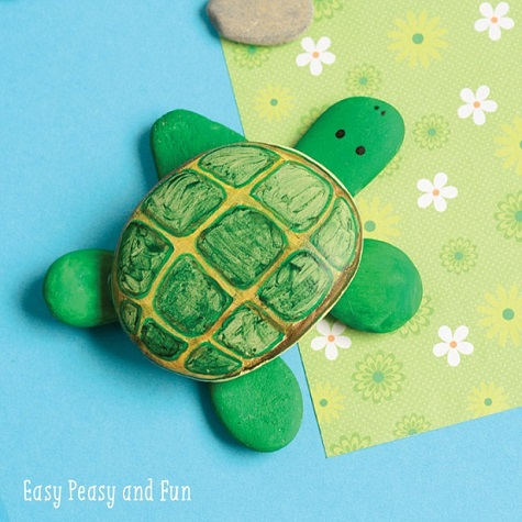 This summer, have fun with these adorable little creatures by trying out some fun turtle crafts and activities for kids!