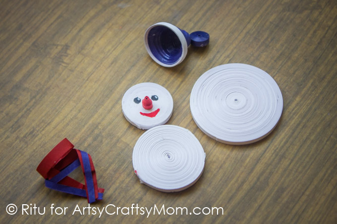 Let these cute Paper Quilled Snowmen add to the charm of your Christmas decor! With simple quilling techniques, you can make these in no time!