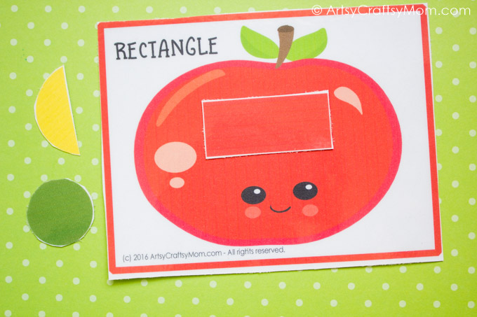 Kids will love this cute Printable Fruit Theme Shape Match and while they play they can practice colors, shapes, and counting.