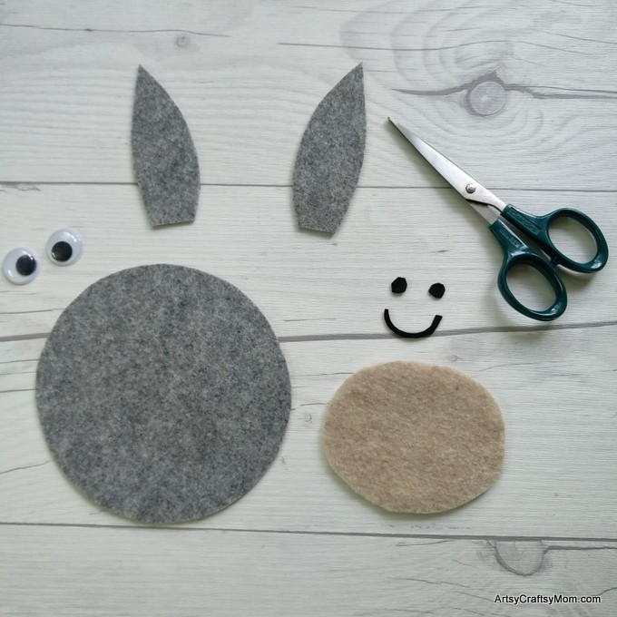 Make an adorable D for Donkey Craft with our Printable Template that's perfect for farm animals, mammals, letter D and Bible Study Activities for your kids