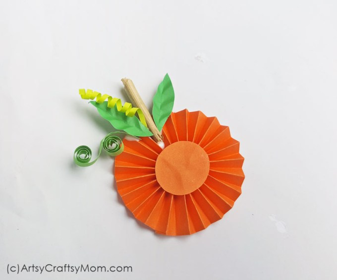 This Easy Paper Pumpkin Thanksgiving Craft is bound to be a hit with kids. The step-by-step tutorial makes it an enjoyable group activity.