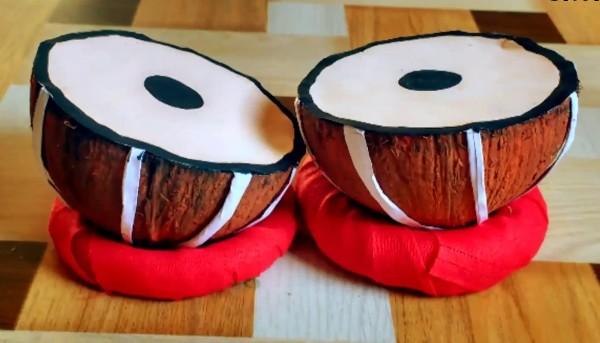 20 diy musical instruments for kids to make. Black Bedroom Furniture Sets. Home Design Ideas