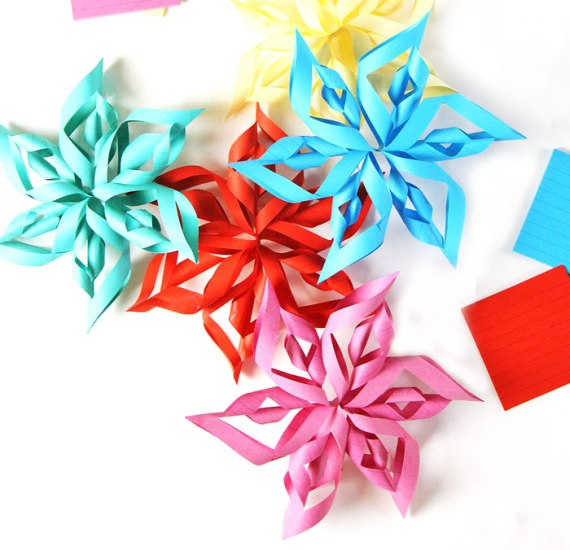 Got old stationery? Repurpose them into these Cute Crafts to Make with Stationery Supplies! Perfect as back to school gifts for friends or for teachers.