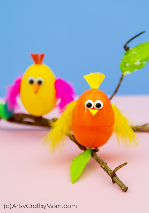 Put empty plastic eggs to use by making cute crafts like this Plastic Egg Bird Craft for Kids! Perfect for spring, Easter or lessons about animal babies.