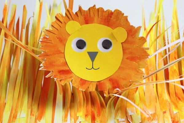 Get roaring with these incredibly cute and easy lion crafts for kids! Celebrate these majestic animals in time for World Lion Day on 10th August.