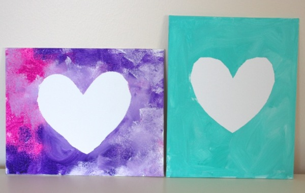 Need a handmade, simple Valentine's gift? There can't be anything better than these easy to make Valentine Art Projects you can Gift your Loved Ones!