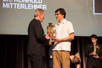 """For the installation """"Plantas Autofotosintéticas"""" Gilberto Esparza won the Golden Nica in the Hybrid Art category at the Prix Ars Electronica 2015. This is a complex symbiotic system, which reveals ideas for the ecological development."""