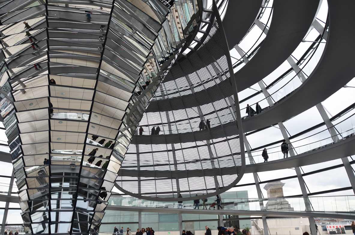 Visitare il parlamento tedesco pronto a scoprire il Reichtag