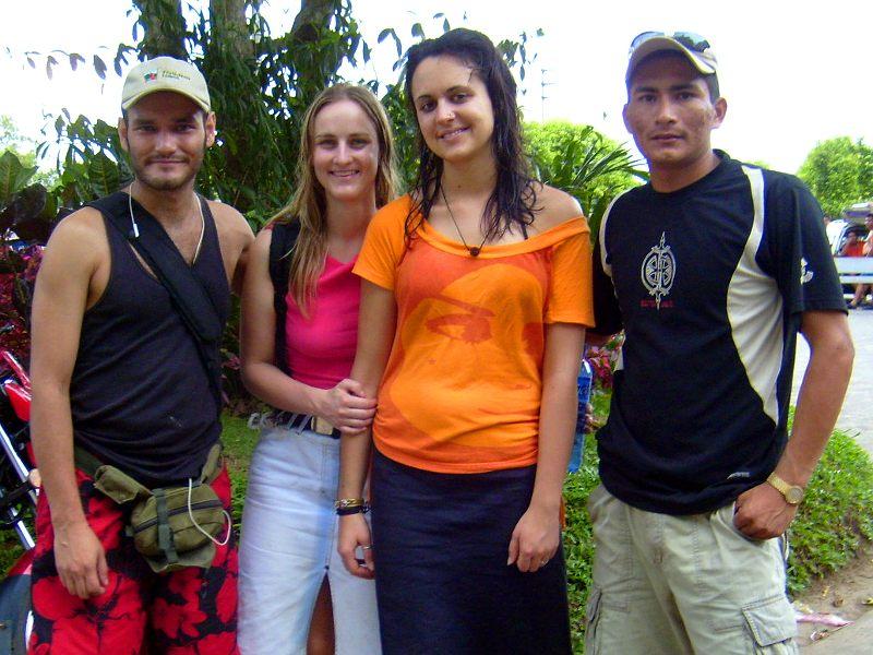 Julia, Katha, Miguel und ich, nach schwimmen auf dem See