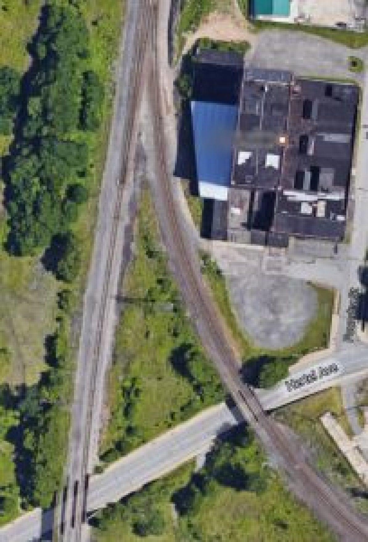 Central Terminal's Belt Line tracks meet the Exchange St. tracks at Hertel Ave.