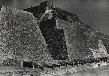 Josef Albers , Pyramid of Tenajuca, n.d.
