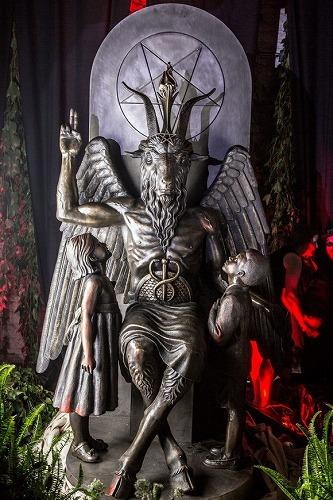悪魔像「バフォメット」
