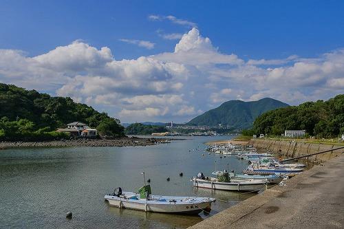 牧島 曲崎の港