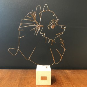 profilo-sculpture-fil-de-bronze-chat-pomeramian-artydandy