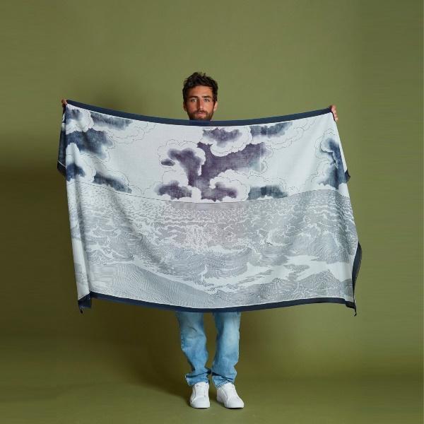 inouitoosh-echarpe-bleue-en-coton-oceanique-ete-2021-artydandy