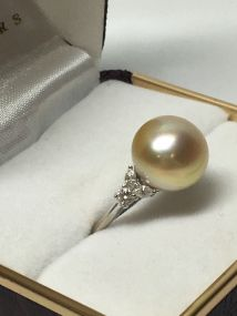18k-white-gold-south-seas-pearl-and-diamond-set-ring-3