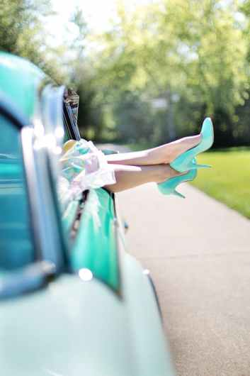 woman-s-legs-high-heels-vintage-car-turquoise-90767