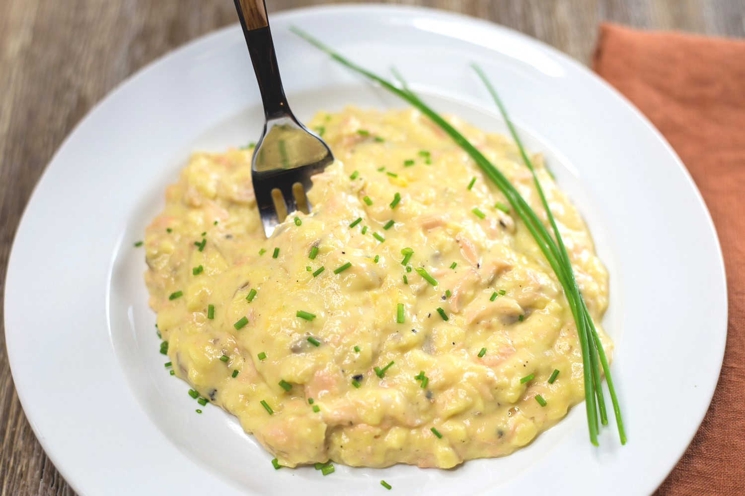 Soft Scrambled Eggs with Salmon and Cream Cheese
