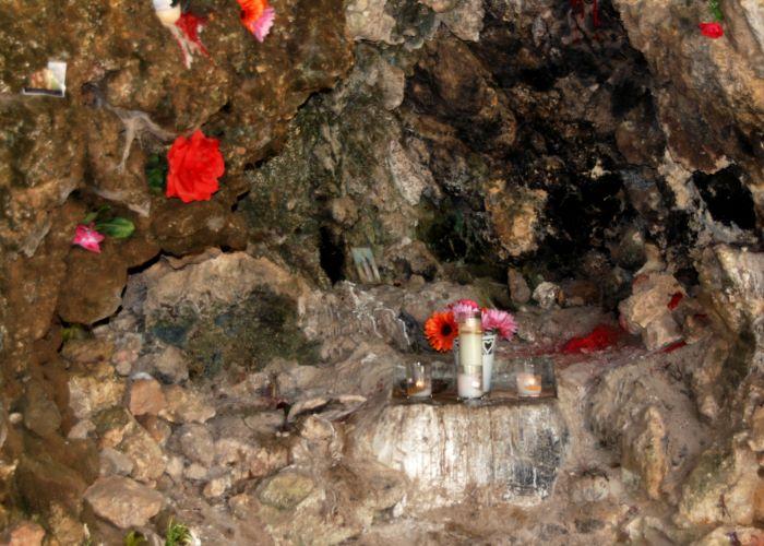 Aruba Lourdes Grotto