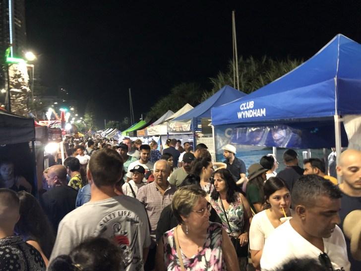 サーファーズパラダイスビーチフロントマーケット