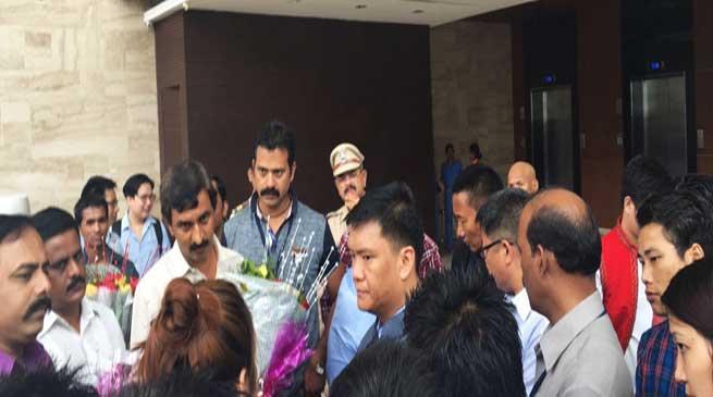 CM Khandu and Dy CM Chowna Visits Arunachal Bhavan at Mumbai