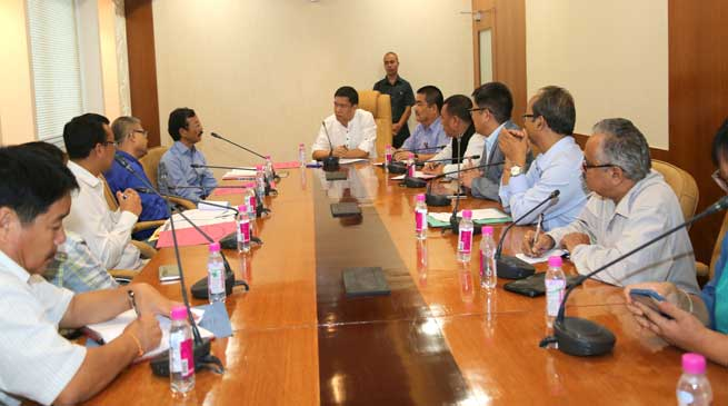 Khandu Sought Support from NEIGRIHMS for Establishment of Tomo Riba Institute of Medicla Science in Arunachal