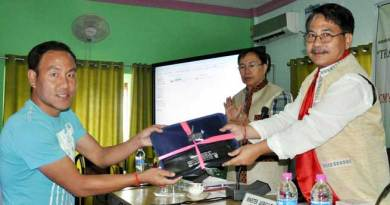 Agriculture department of distributes Tata Dx Pick up truck