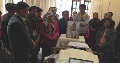 Khandu Expressed Shock over Sudden Demise of Techi Lama