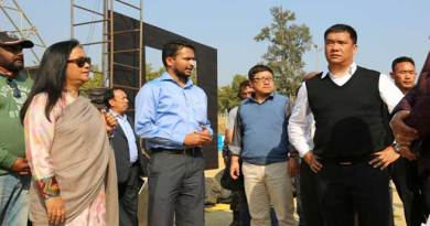 Khandu Review the preparation for Statehood Day
