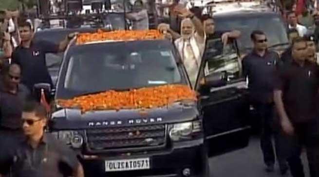 PM Modi hold Road Show in Bhubneswar