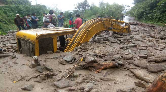 Heavy downpour and landslide created havoc in Kra Dadi and Kurung Kumey district