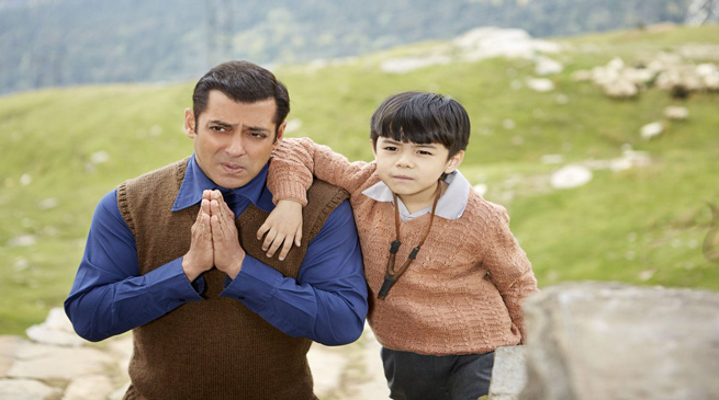 Tubelight- Salman Share Video of Arunachalee Boy Matin Rey Tangu