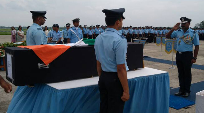 Assam- Dead bodies of Crashed Sukhoi-30 pilots recovered