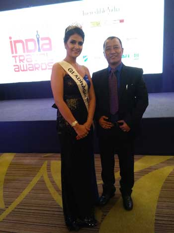 Tsering Wange bagsIndia Travel Award 2017