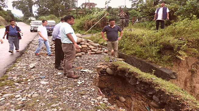 Sidisow inspected road and drainage system in Bhalukpong