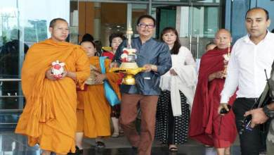 Photo of Holy Relics of Lord Buddha Arrives at Golden Pagoda from Thailand