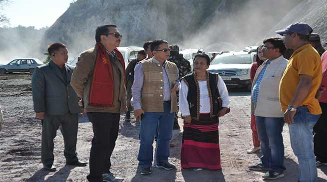 Arunachal- Chowna Mein inspects approach road to Sisar Bridge