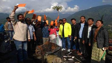 Photo of Itanagar: Techi Kaso visits fire accident site and console the victims