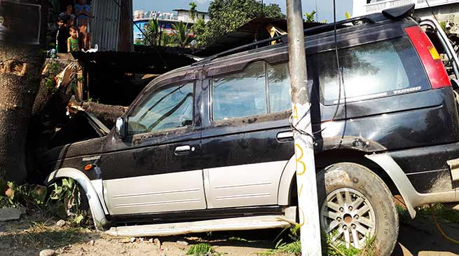 Arunachal: Ford Endeavour meet with an accident, No casualty