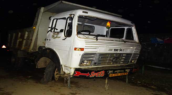 Itanagar:5 years old boy crushed to death by Tipper Truck