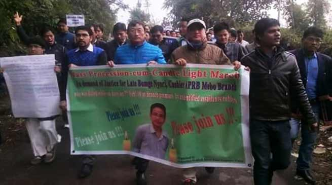 Arunachal: Candlelight march in support of  Late Bomge Nyori