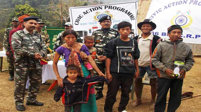 Arunachal: CRPF Distribute solar lantern to villagers