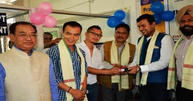 Arunachal : Apex Bank issues PoS machines among traders