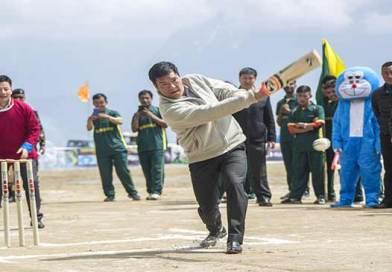 Arunachal : Khandu kicked off  Tawang T20 Champions League