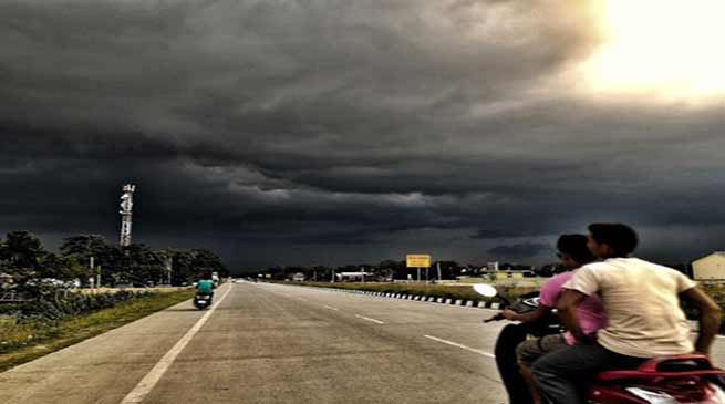 IMD predicts Severe thunderstorm, Rainfall over northeast