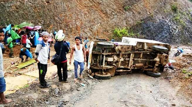 Arunachal: 1 dead, 2 injured in tworoad accident